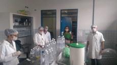 LABQUIM do CCHSA Produz álcool para doação